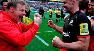 Charlie Hodgson and Mark McCall, Director of Rugby celebrate victory in the Aviva Premiership final match between Saracens and Exeter Chiefs at Twickenham Stadium on May 28, 2016 in London, England. (Photo by David Rogers/Getty Images)