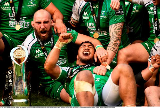Connacht captain John Muldoon, left, and Bundee Aki celebrate with the trophy following their side's victory after the Guinness PRO12 Final match between Leinster and Connacht at BT Murrayfield Stadium in Edinburgh, Scotland. Photo: Stephen McCarthy/Sportsfile