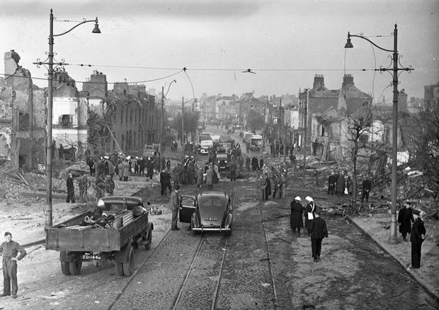 The North Strand the morning after the German bombing, On the night of 31st May 1941, four high-explosive bombs were dropped by German aircraft on the North Strand area of Dublin City. 01/06/1941 (Part of the Independent Newspapers Ireland/NLI collection).