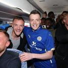 Jamie Vardy alongside his lookalike Lee Chapman Twitter/@LCFC
