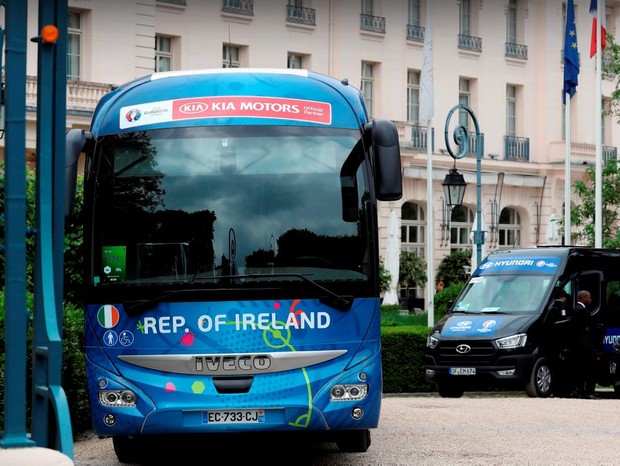 The Republic of Ireland team bus at their base at Trianon Palace in Versailles ahead of the European Championships which starts tomorrow. Photo: Chris Radburn/PA