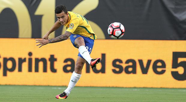 ORLANDO, FLORIDA - JUNE 08: Philippe Coutinho of Brazil kicks the ball during a group B match between Brazil and Haiti at Orlando Citrus Bowl as part of Copa America Centenario US 2016 on June 08, 2016 in Orlando, Florida, US. (Photo by Alex Menendez/LatinContent/Getty Images)