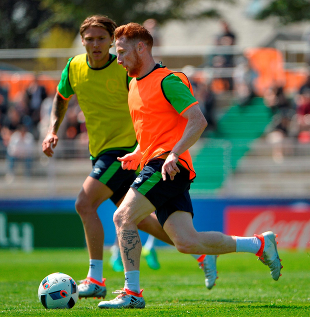 Stephen Quinn in possession against Jeff Hendrick Picture: Sportsfile