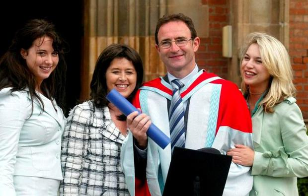 Martin O'Neill receiving an honorary degree from Queen's University with wife Geraldine and daughters Alana and Aisling. Photo: Paul Faith/PA
