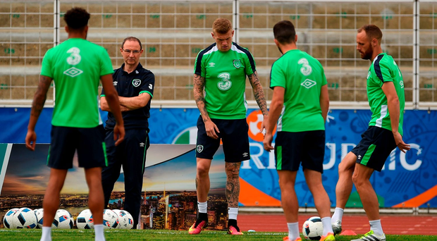 Ireland manager Martin O'Neill watches on during squad training in Versailles