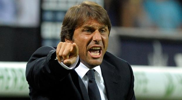 Most expect Conte to go with three centre backs. Photo: Getty Images