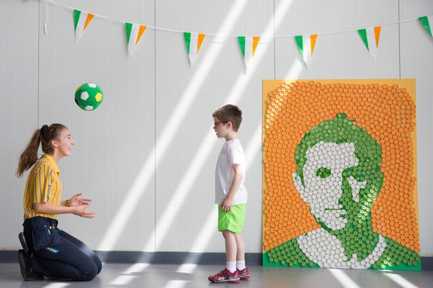 A light installation homage to Robbie Keane was created in Dublin's IKEA store using 2,500 lightbulbs