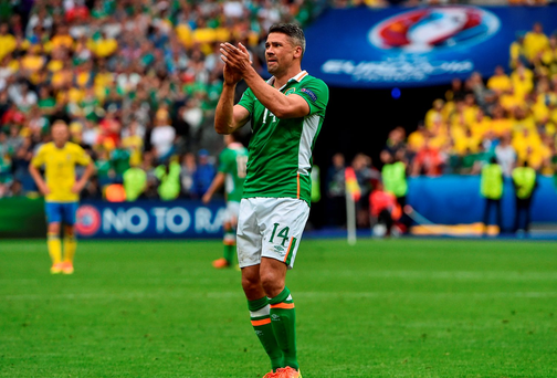 Jon Walters of Republic of Ireland applauds the supporters as he is substituted during the second half against Sweden