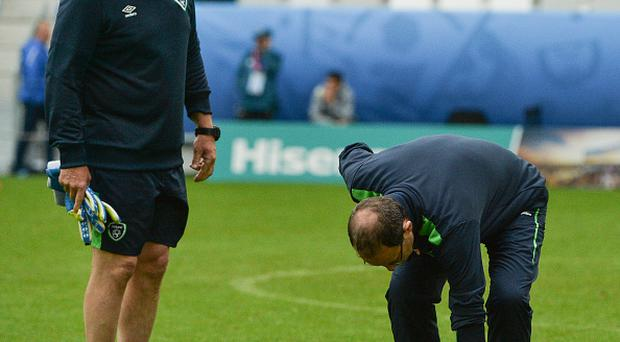 Bordeaux , France - 17 June 2016; Republic of Ireland manager Martin O'Neill, left, checks the pitch alongside goalkeeping coach Seamus McDonagh during squad training at Nouveau Stade de Bordeaux, France. (Photo By David Maher/Sportsfile via Getty Images)