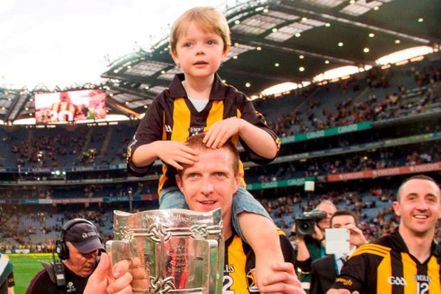 Kilkenny's Henry Shefflin and his son Henry celebrate at the end of the All-Ireland final replay in 2014. SPORTSFILE