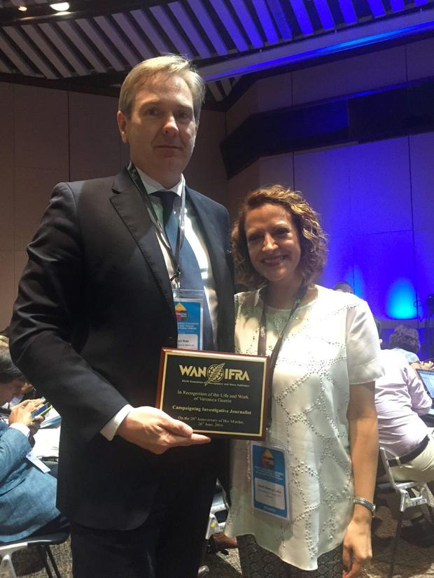 Group Editor-in-Chief at INM Stephen Rae pictured with award-winning Colombian journalist, Jineth Bedoya Lima