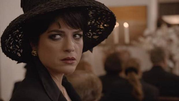 Selma Blair as Kris Jenner in The People vs OJ Simpson