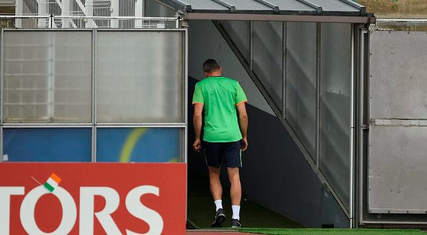 Jonathan Walters of Republic of Ireland walks down the tunnel during squad training at Versailles in Paris, France. Photo by David Maher/Sportsfile