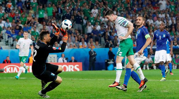 Republic of Ireland's Robbie Brady scores REUTERS/Carl Recine