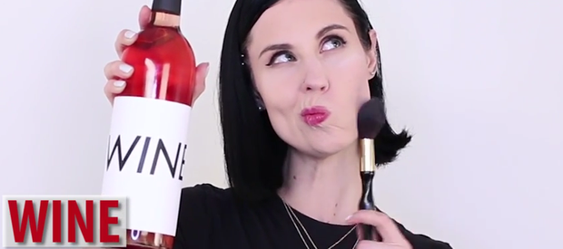 Wine contouring. Photo: Revelist / YouTube