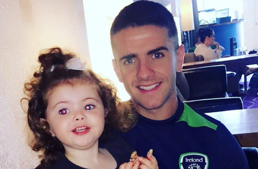 Halle with dad Robbie Brady. Photo: Instagram