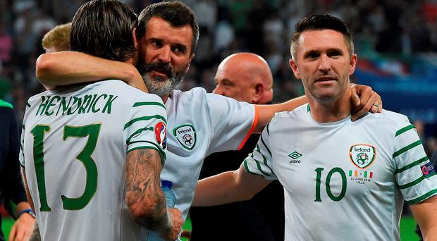 Republic of Ireland assistant manager Roy Keane celebrates with Jeff Hendrick and Robbie Keane following the UEFA Euro 2016 Group E match between Italy and Republic of Ireland at Stade Pierre-Mauroy in Lille, France Photo by David Maher/Sportsfile
