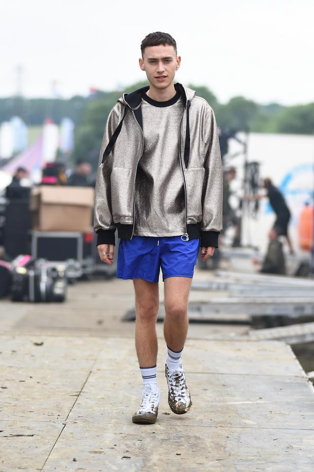 Olly Alexander of Years & Years wears Converse at Glastonbury Festival 2016 at Glastonbury Festival Site on June 26, 2016 in Glastonbury, England. (Photo by Tabatha Fireman/Getty Images for Converse)