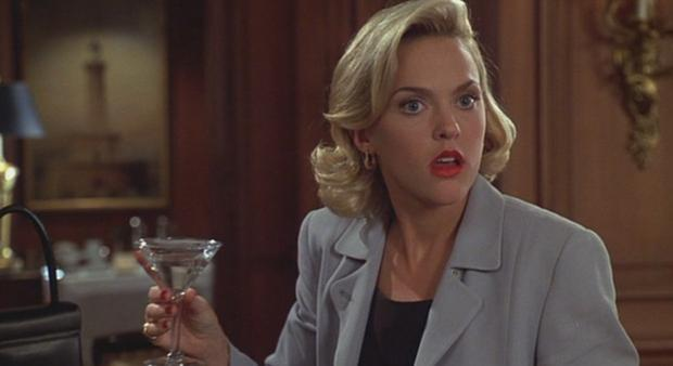 Elaine Hendrix as Meredith Baxter in The Parent Trap