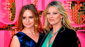 """Stella McCartney and Kate Moss attend the """"Absolutely Fabulous: The Movie"""" World Premiere at the Odeon Leicester Square on June 29, 2016 in London, England. (Photo by Gareth Cattermole/Getty Images)"""