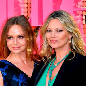 "Stella McCartney and Kate Moss attend the ""Absolutely Fabulous: The Movie"" World Premiere at the Odeon Leicester Square on June 29, 2016 in London, England. (Photo by Gareth Cattermole/Getty Images)"