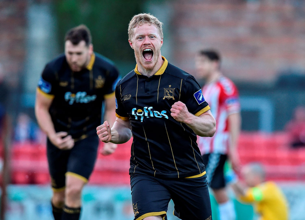 Daryl Horgan of Dundalk celebrates after scoring his side's fourth goal against Derry. Photo by David Maher/Sportsfile