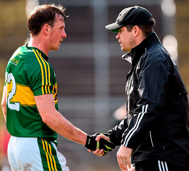 Kerry manager Éamonn Fitzmaurice shakes hands with Donnchadh Walsh. Picture credit: Stephen McCarthy/Sportsfile