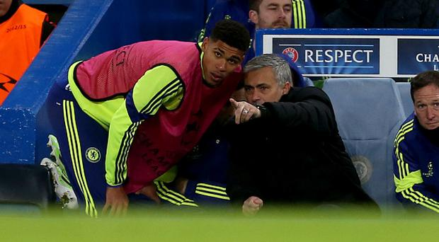 Jose Mourinho the head coach / manager of Chelsea gives some last minute instructions to Ruben Loftus-Cheek of Chelsea before he comes on as substitute (Photo by AMA/Corbis via Getty Images)