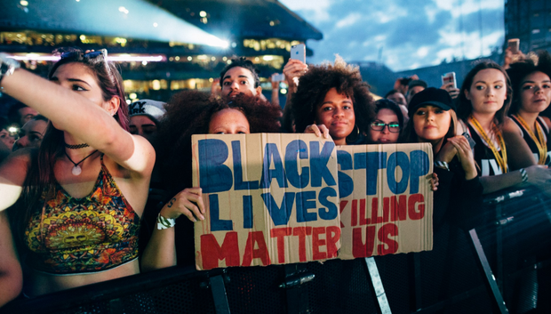 Fans at Croke Park for the Formation World Tour hold a 'Black Lives Matter' sign. Photo: Andrew White / Beyonce.com