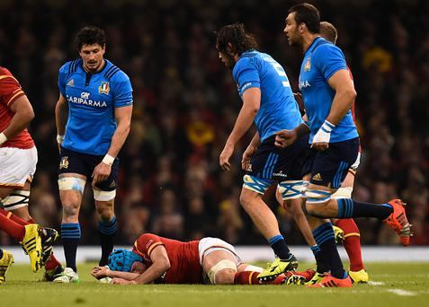 CARDIFF, WALES - MARCH 19: Justin Tipuric of Wales lies injured following a fall at a lineoout uring the RBS Six Nations match between Wales and Italy at the Principality Stadium on March 19, 2016 in Cardiff, Wales. (Photo by Stu Forster/Getty Images)