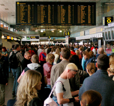 Dublin Airport welcomed 100,000 passengers in one day Photo: Sean Dwyer/Bloomberg News