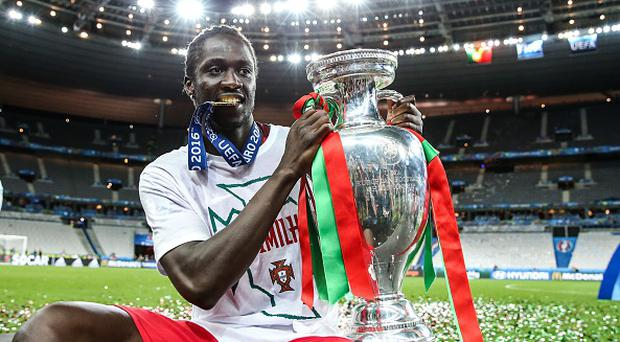 (vlnr)Eder of Portugal during the UEFA EURO 2016 final match between Portugal and France on July 10, 2016 at the Stade de France in Paris, France.(Photo by VI Images via Getty Images)