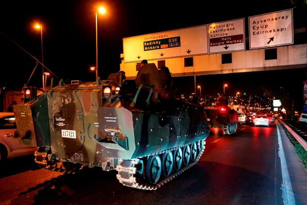 Turkish army tanks in Istanbul. Photo: Defne Karadeniz/Getty Images