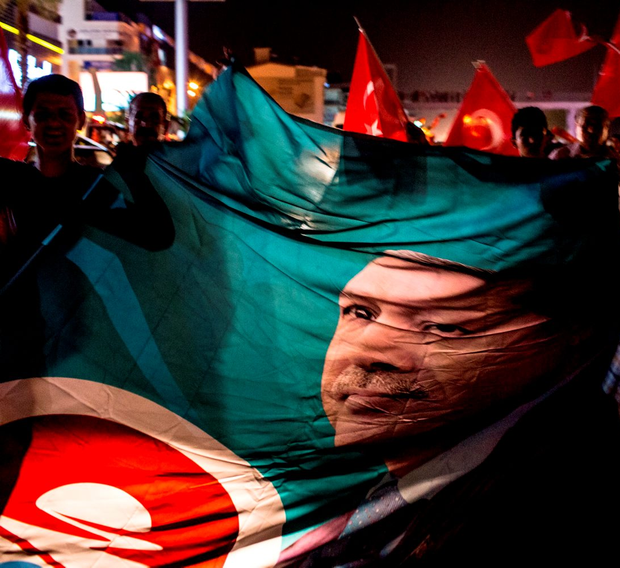 People take to the street in support of President Recep Tayyip Erdogan. Photo: Chris McGrath/Getty Images