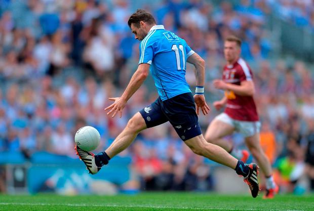 Kevin McManamon solos his way through the Westmeath defense on his way too scoring Dublin's second goal. Photo by Eóin Noonan/Sportsfile