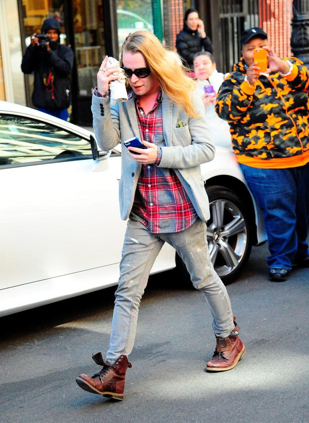 Actor Macaulay Culkin is seen walking in Soho on March 31, 2016 in New York City. (Photo by Raymond Hall/GC Images)
