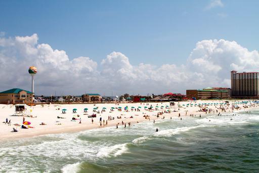 Pensacola Beach in northern Florida's Panhandle is a perfect base for exploring the beaches and national parks of an area that's rich in history and home to fantastic southern cuisine
