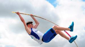 Adam McNally of Lusk AC, Co Dublin, on his way to winning the U-17 Pole Vault event during the GloHealth National Juvenile T&F Championships at Tullamore Harriers Stadium yesterday. Photo: Sam Barnes/ Sportsfile