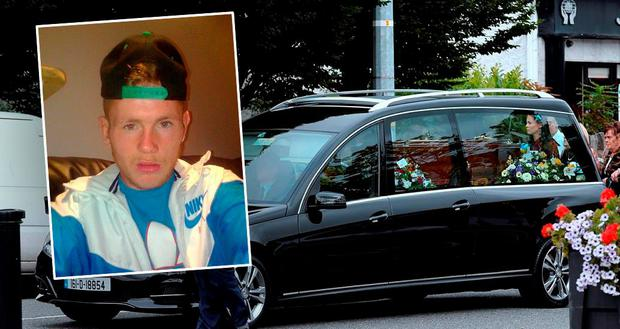 Funeral of Paul Curran (pictured inset) on Monday afternoon in Crumlin