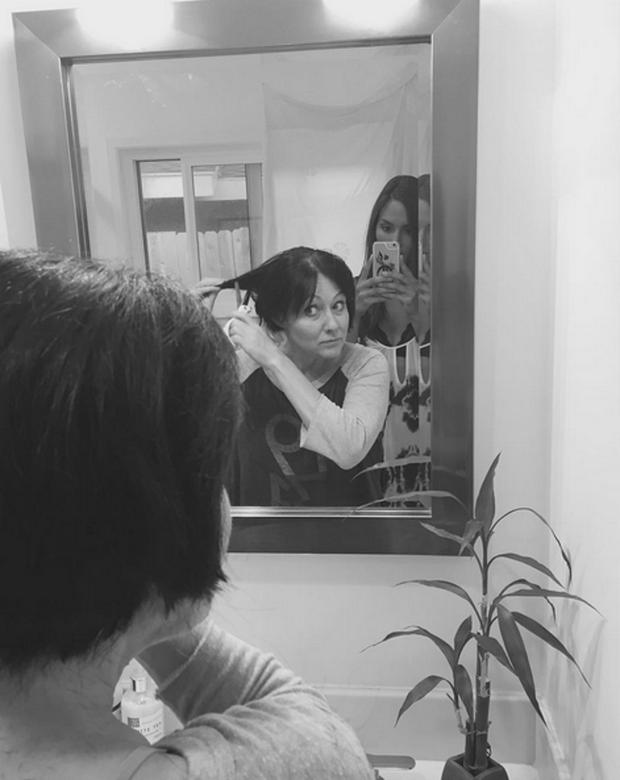 Shannen Doherty shared these photos of her shaving her head in her breast cancer battle