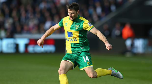 SWANSEA, WALES - MARCH 05: Wes Hoolahan of Norwich City during the Barclays Premier League match between Swansea City and Norwich City at the Liberty Stadium on March 5, 2016 in Swansea, Wales. (Photo by Michael Steele/Getty Images)