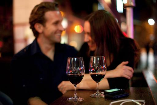A couple's tipping strategy has gone viral. Stock photo: Getty