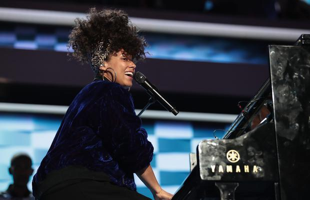 Singer-songwriter Alicia Keys performs on the second day of the Democratic National Convention at the Wells Fargo Center, July 26, 2016 in Philadelphia, Pennsylvania. (Photo by Drew Angerer/Getty Images)