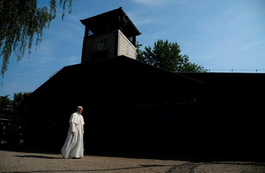 Pope Francis arrives to visit Auschwitz's former Nazi death camp, Poland, July 29, 2016. REUTERS/Filippo Monteforte/Pool