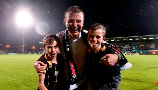 Dundalk manager Stephen Kenny with his two sons, Eoin, left, age 10, and Fionn, age 12, prior to the UEFA Champions League Third Qualifying Round 2nd Leg match between Dundalk and BATE Borisov at Tallaght Stadium in Tallaght, Co. Dublin. Photo by David Maher/Sportsfile