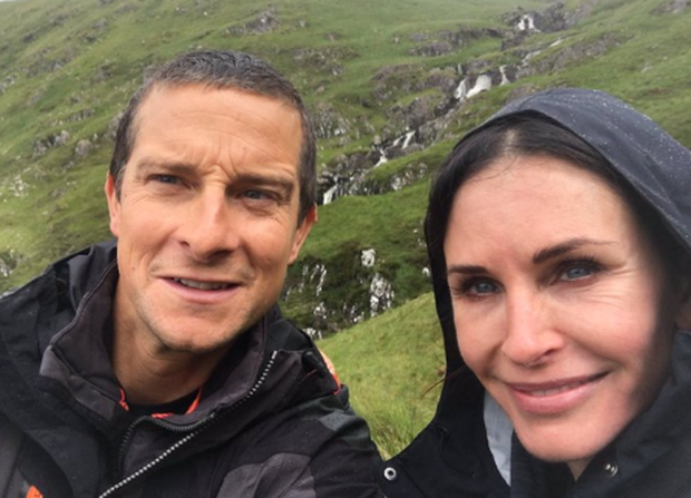 Courteney Cox and Bear Grylls/Photo: Twitter/ @BearGrylls