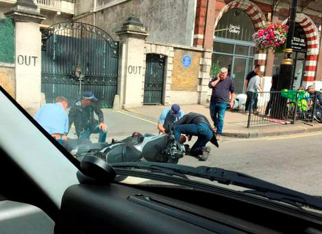 Police intercepting armed robbers in Piccadilly, London, before they attempted to rob a jeweller Credit: @Mick7777Francis/PA Wire