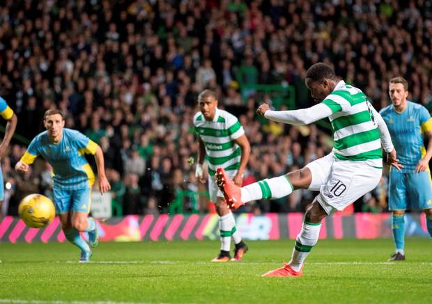 Moussa Dembele scores his goal from the penalty spot. Photo: Steve Welsh/Getty Images