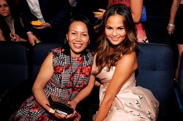 Daily Mail confuses Chrissy Teigen's mother for a 'starstruck' fan