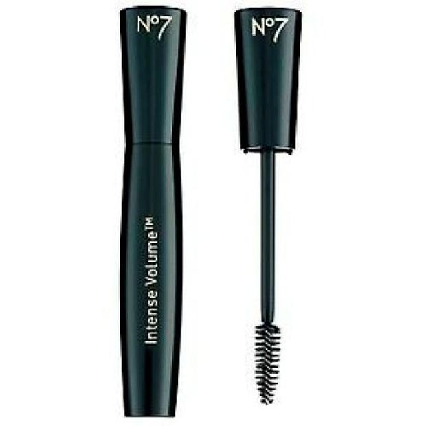 xboots intense volume mascara-500x500_2.jpg